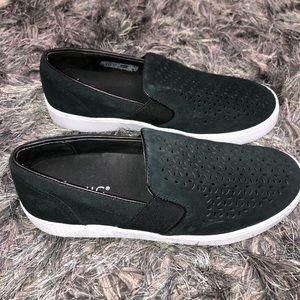 VIONIC | Kani Slip On Black Sneakers 7